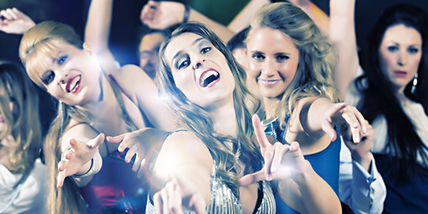 10 Ways to Get Your Teen Ready for Prom Without Spending a Fortune